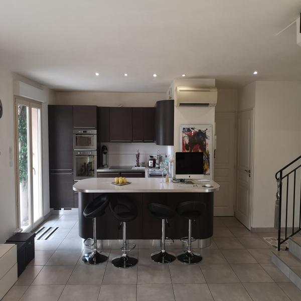 Selling Villa Saint-Laurent-du-Var 06700
